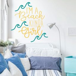 Beach Decor For Girls - I'm A Beach Kinda Girl